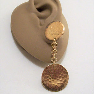 Avon Hammered Double Disc Clip On Earrings Gold